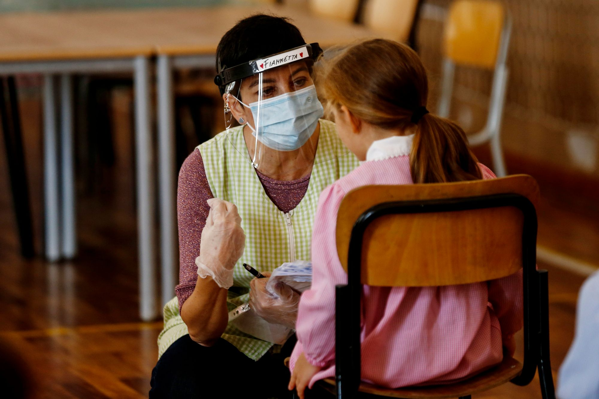 Coronavirus, in arrivo test rapidi per le scuole