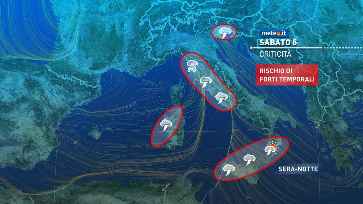 Meteo, sabato 5 dicembre piogge molto forti e venti di Scirocco