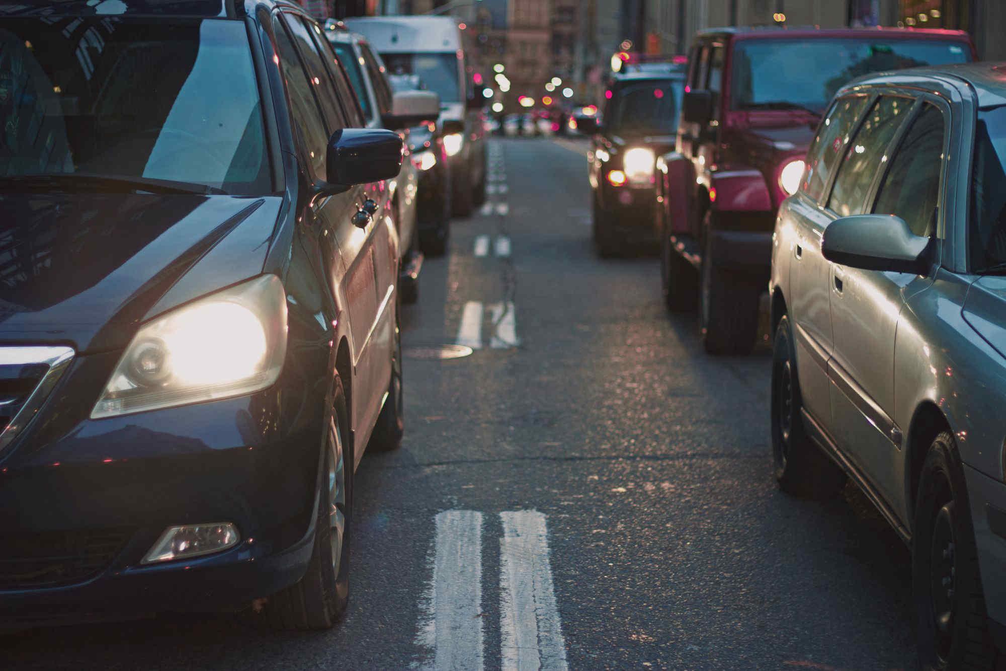 Mobilità green, Milano, Bologna e Firenze promosse a stento