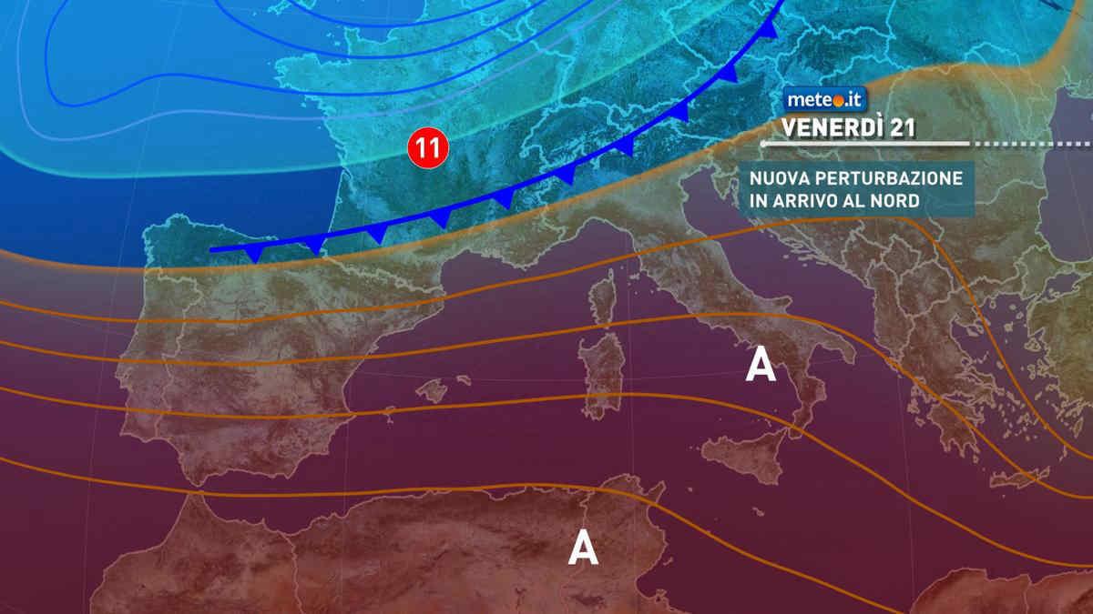 Meteo, oggi venerdì 21 maggio, previsto l'arrivo di una perturbazione al Nord. Anticiclone africano al Sud nel weekend
