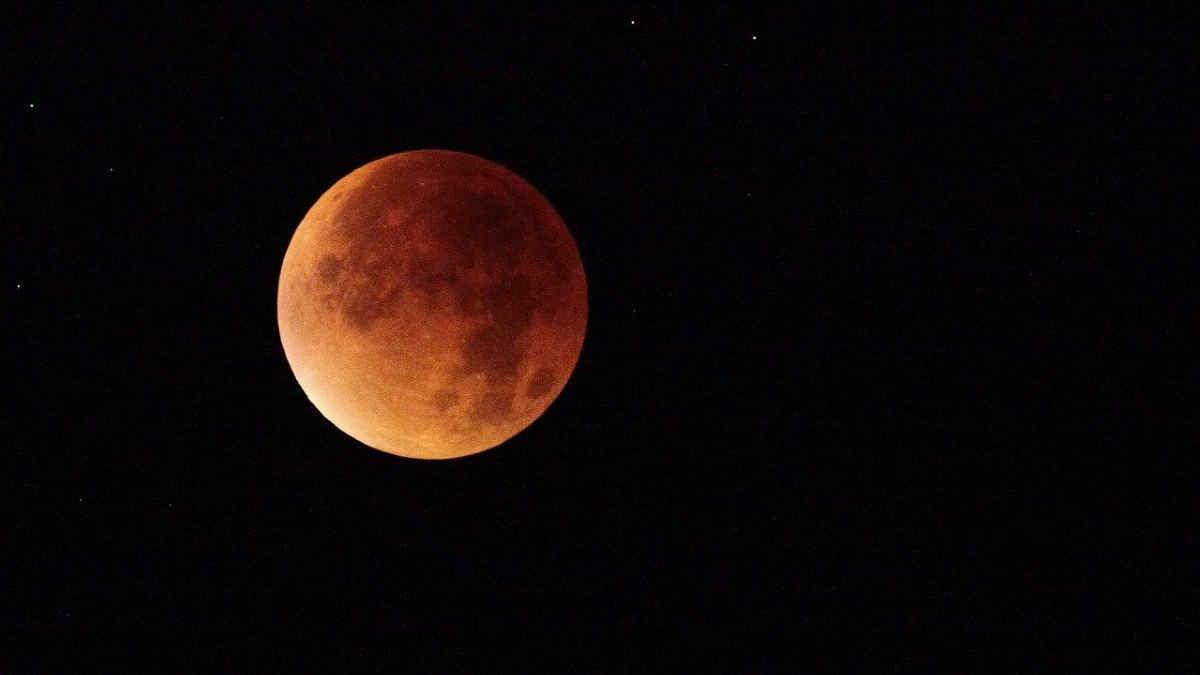 L'eclissi totale di Superluna del 26 maggio