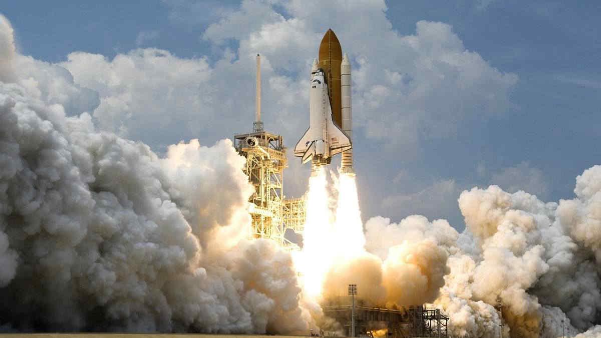 Turismo spaziale, ecco chi partirà con Jeff Bezos