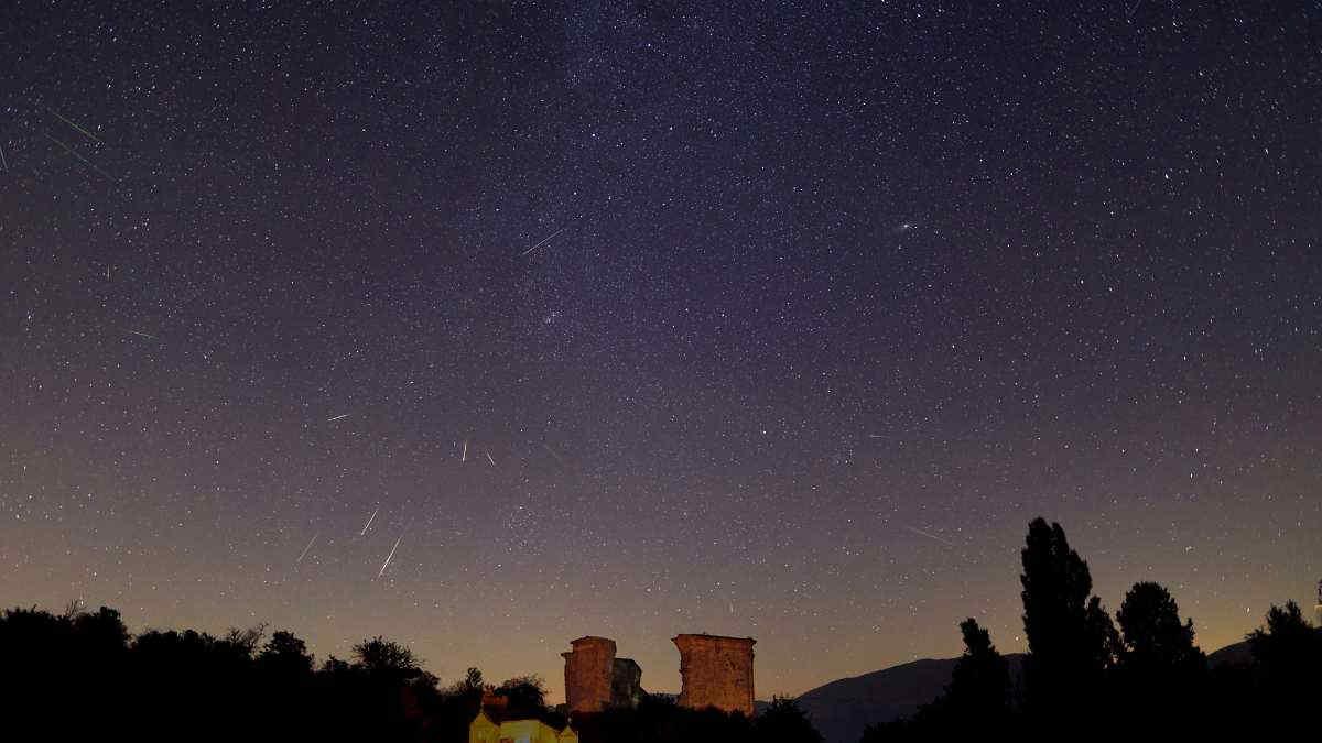 Notte di San Lorenzo, come ammirare al meglio le Perseidi