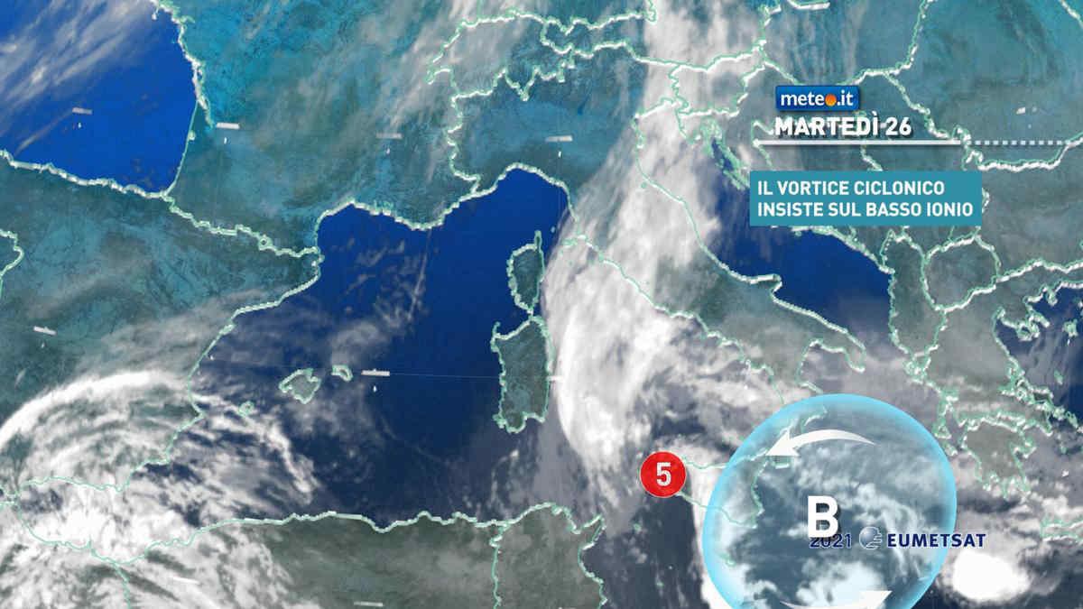Meteo, 26 ottobre di maltempo: ancora rischio di piogge forti tra Sicilia e Calabria