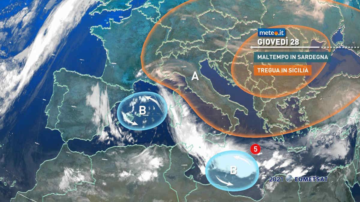 Meteo 28 ottobre: forti piogge in Sardegna, Medicane in sviluppo sulla Sicilia. Ecco di cosa si tratta